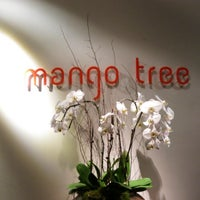 Foto tomada en Mango Tree London  por Frances H. el 1/18/2013