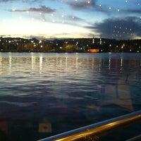 10/9/2012 tarihinde Tekin_34ziyaretçi tarafından Mavi Haliç Cafe'de çekilen fotoğraf