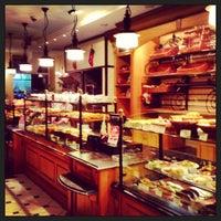 Снимок сделан в Boulangerie пользователем Олександр Ч. 12/29/2012