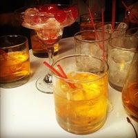 Foto scattata a Lola Bar da Steven M. il 12/9/2012