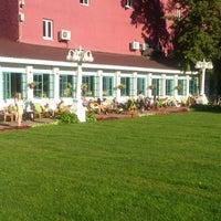 รูปภาพถ่ายที่ Hermitage Garden โดย Violet B. เมื่อ 8/17/2013