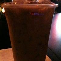 Foto diambil di Sloe John's oleh Brenda S. pada 10/17/2012