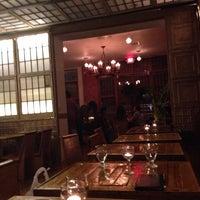 Photo prise au Dekalb Restaurant par Michelle Wendy le2/16/2014
