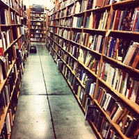 Photo prise au Powell's City of Books par Jason K. le1/7/2013