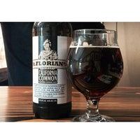 Photo prise au St. Florian's Brewery par Shana R. le5/18/2014