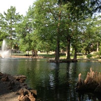 Photo prise au Theta Pond par Hugh le5/24/2013