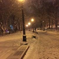 Снимок сделан в Арт-сквер «Небесної Сотні» пользователем Sergei I. 12/2/2016