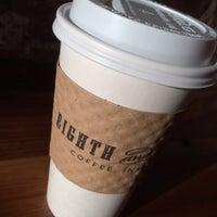 10/25/2013 tarihinde Jeff B.ziyaretçi tarafından Eighth & Roast'de çekilen fotoğraf