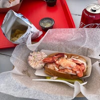Photo taken at McLoons Lobster Shack by Alex R. on 8/15/2020