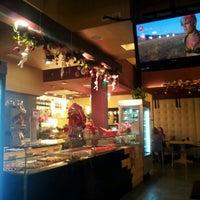 Снимок сделан в Elite Cafe' пользователем Elio P. 12/29/2012