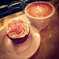 1/24/2013에 Sake Jacqueline D.님이 Oro Bakery and Bar에서 찍은 사진