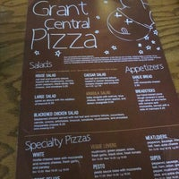 Foto tomada en Grant Central Pizza & Pasta por Ricky L. el 4/7/2013
