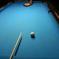 Foto tirada no(a) Eastside Billiards & Bar por Todd J. em 12/27/2012