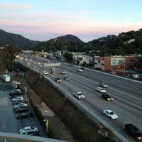 12/5/2012 tarihinde Diane S.ziyaretçi tarafından Hotel Angeleno'de çekilen fotoğraf