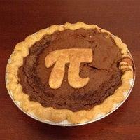 Снимок сделан в Petee's Pie Company пользователем Tina P. 3/15/2015