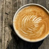 Foto scattata a Devout Coffee da Ryo O. il 2/1/2020