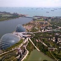 Foto tomada en Marina Bay Downtown Area (MBDA) por posi w. el 11/17/2012