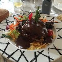Foto tomada en Restaurante El Urogallo por Katerina S. el 5/15/2016