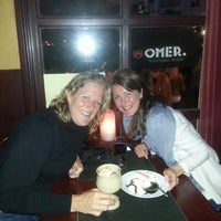 Foto diambil di Café Bruxelles oleh Esther pada 5/10/2013