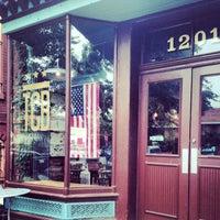 8/18/2013 tarihinde Alix T.ziyaretçi tarafından The Coffee Bar'de çekilen fotoğraf