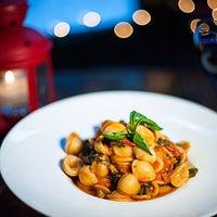Das Foto wurde bei Acqua Restaurant NYC von Acqua Restaurant NYC am 11/13/2014 aufgenommen