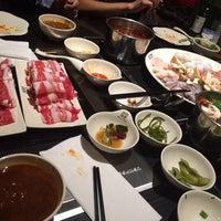 Foto scattata a 99 Favor Taste 99號餐廳 da Jonathan L. il 3/5/2014