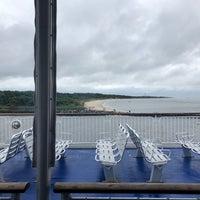 รูปภาพถ่ายที่ on the ferry โดย William เมื่อ 9/8/2018