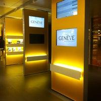 3/2/2013에 Valerie W.님이 제네바 국제공항 (GVA)에서 찍은 사진
