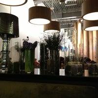 Снимок сделан в Кафе «Гараж» пользователем Ultraviolet 1/21/2013