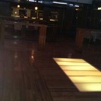 Снимок сделан в J's White Elephant - Banquet Center & Lounge пользователем Ken S. 8/3/2013