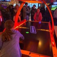 Снимок сделан в Boxcar Bar + Arcade пользователем Geoffrey L. 2/1/2020