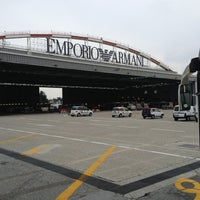 รูปภาพถ่ายที่ Aeroporto di Milano Linate (LIN) โดย Fabio D. เมื่อ 3/26/2013