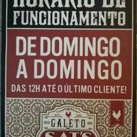 Foto tirada no(a) Galeto Sat's por Edgar F. em 11/29/2012