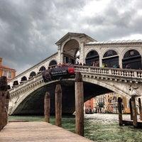 5/30/2013にAntonio P.がPonte di Rialtoで撮った写真