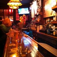Foto diambil di Rudy's Bar & Grill oleh Tiffany P. pada 11/9/2012