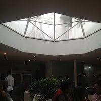 Foto diambil di AgoraLucis-bistrot oleh Jezlia V. pada 11/26/2012