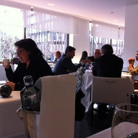 รูปภาพถ่ายที่ M29 Restaurante Hotel Miguel Angel โดย Iván R. เมื่อ 3/14/2013