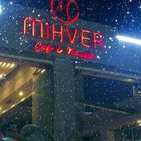 รูปภาพถ่ายที่ Mihver Cafe & Nargile โดย Murat K. เมื่อ 8/14/2013