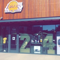 official photos b4c73 a797b Los Angeles Lakers Team Shop - El Segundo, CA
