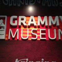 12/9/2012 tarihinde Carmenziyaretçi tarafından The GRAMMY Museum'de çekilen fotoğraf