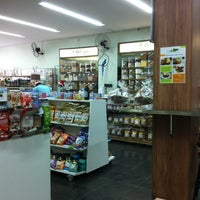 Foto tirada no(a) Farmácia A Natureza por Everton S. em 12/22/2012