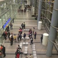 Foto diambil di Aeropuerto Internacional El Dorado (BOG) oleh David pada 6/2/2013