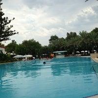 Foto tirada no(a) Rixos Downtown Pool por Mustafa em 8/25/2013