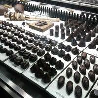 Photo prise au SOMA chocolatemaker par Betty K. le10/5/2012