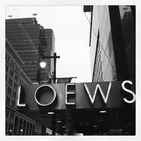 4/24/2013 tarihinde Neil S.ziyaretçi tarafından Loews Philadelphia Hotel'de çekilen fotoğraf