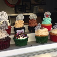 Photo Taken At The Yum Cupcake Truck By Ana M On 1 24