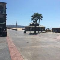 Photo prise au Hermosa Beach - The Strand par Abdullah♌️ le9/14/2016