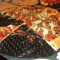 11/25/2012에 Karen E.님이 Woodstock's Pizza에서 찍은 사진