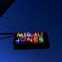 Foto tirada no(a) Pasquale Jones por Rebecca D. em 8/15/2016