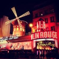 Das Foto wurde bei Moulin Rouge von Angel V. am 3/24/2013 aufgenommen